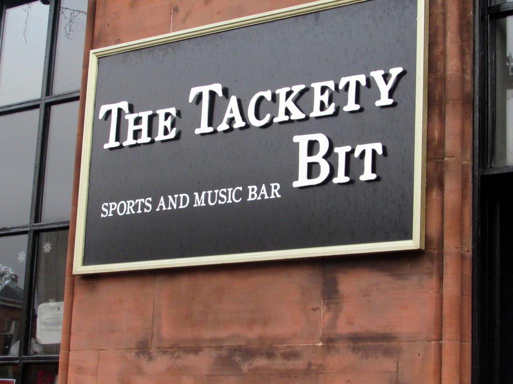 The Tackety Bit