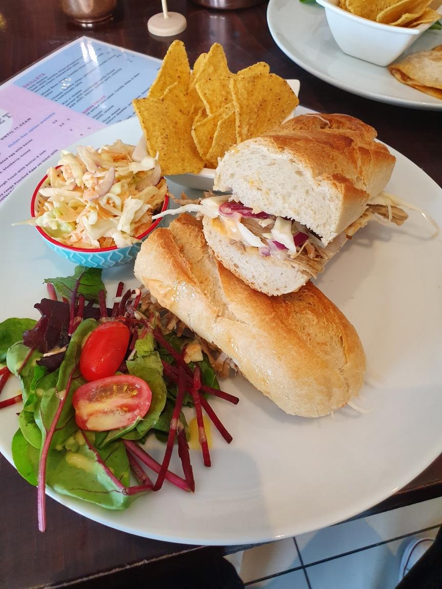Cafe Velvet - Bánh mì