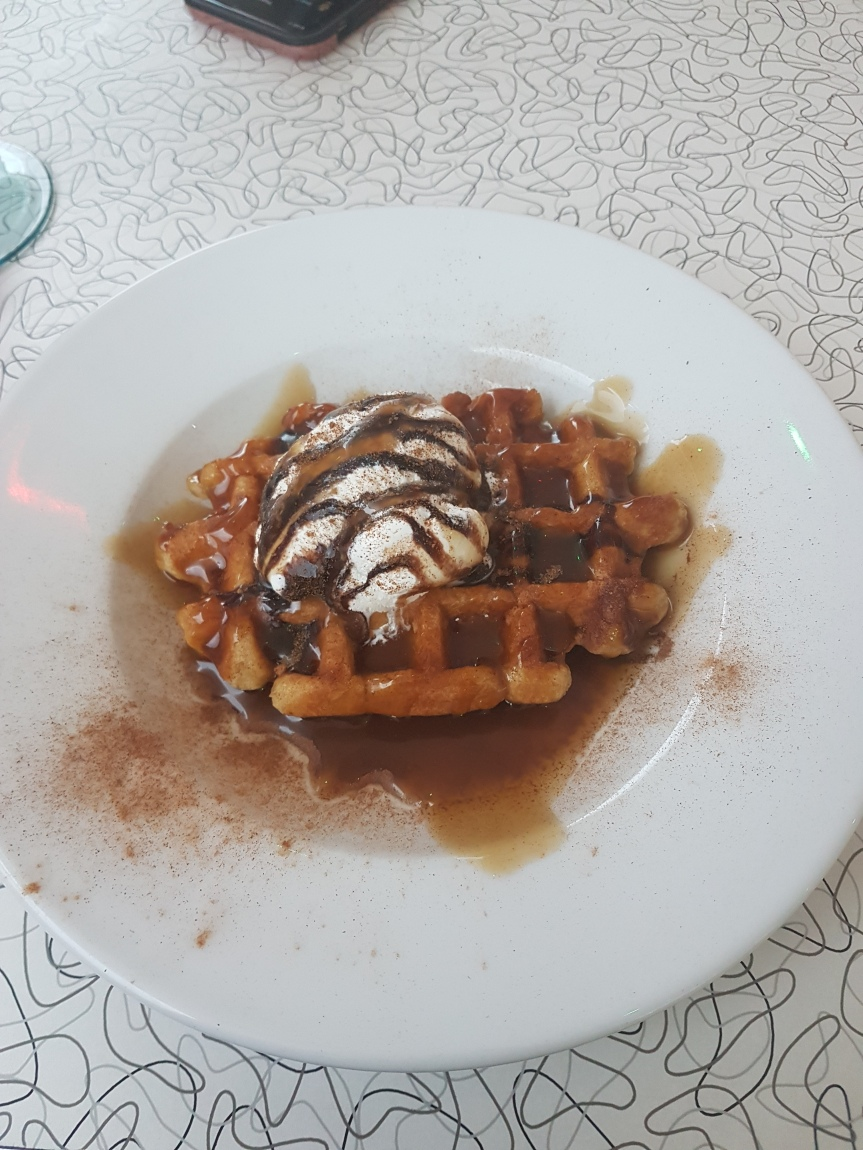 Rock Diner & Aces - Cinnamon Waffle